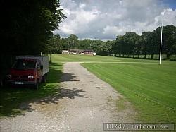 Längst bort syns den gamla klubbvillan i änden på den första fotbollsplanen som man hade på Munkamöllans IP.