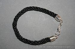 FL012: Flätat armband i läder...99:- 69:-