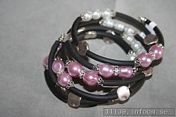 AR156 Pink memory: Armband i memorywire med rosa och vita pärlor...finns att köpa hos Studio MiniSÅLDFör att se en större bild, klicka på denna länk.