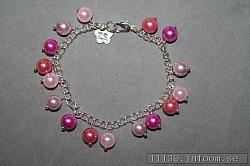 AR155 Pink balls: Armband med rosa pärlor...79:- SÅLDFör att se en större bild, klicka på denna länk.