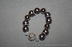 AR169 Ring pearls: Elastiskt armband med stora gråa och silverfärgade pärlor...100:- SÅLD