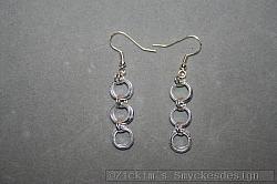 OR077 Silver rings: Örhängen med silverfärgade ringar...45:- 25:-