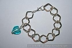 AR186 Big link turquoise: Armband med stora länkar samt ett turkost murano hjärta...80:- SÅLD