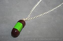 HA179 Punchroller: Halsband (80 cm lång) men en punschrulle i cernitlera...75:- SÅLD