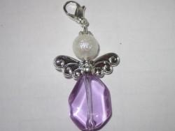 OV007 Purple angel: Ängel hänge...45:- SÅLD  För att se en större bild, klicka på denna länk.