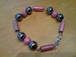 SE004 Pink drizzle: Armbandet som hör till halsbandetSÅLD