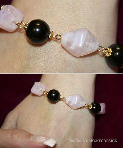 SE009 Pinksquare: Armband med gulddetaljer +tillhörande örhängen...100:-SÅLD