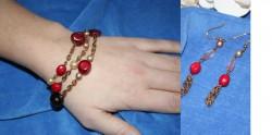 SE022 Goldred: 3 radigt armband med guldfärgad kedja och röda pärlor + tillhörande örhängen (samma serie somhalsbandet Long red)...55:-SÅLDFör att se en större bild, klicka på denna länk.