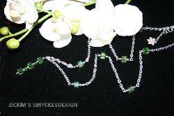 HA004 Greencube: Halsbandmed gröna fyrkanter i kedja (62cm + 6cm förläng.kedja)...89:-SÅLDFör att se en större bild, klicka på denna länk.