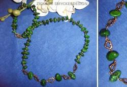 HA039 Ocotillo: Halsband med gröna ocotillo magnesite stenar och guldfärgade mellandelar...95:-SÅLD