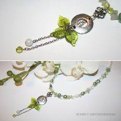 HA005 Greenleaf: Halsband med 3 små blad i hänget...155:-SÅLD