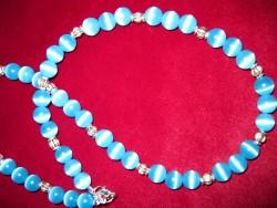 HA059 Little cateye: Halsband med blå cateye pärlor...95:- SÅLD  För att se en större bild, klicka på denna länk.