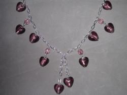 HA087 Heart chain: Halsband med lila muranohjärtan på kedja...99:- SÅLD För att se en större bild, klicka på denna länk.