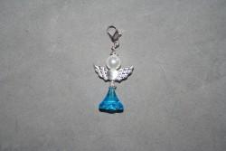 OV023 Angel 11: Ängel hänge...finns att köpa hos Studio mini SÅLD För att se en större bild, klicka på denna länk.