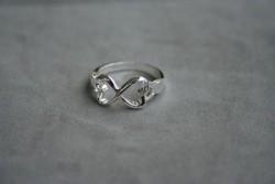 AS008 Silver heart: Ring med hjärtan, storlek 17...99:- (finns 3 st på lager)