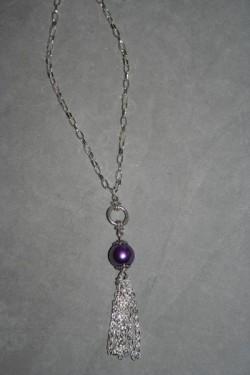 HA123 Purple chain: Halsband (60 cm utan hänge) med en lila pärla och kedjehänge...SÅLD För att se en större bild, klicka på denna länk.
