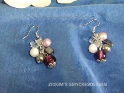 OR022 Multi color ear: Örhängen med pärlor i olika färger...65:- 35:-