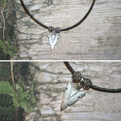 KI001 Arrow: Halsband med pilspets...79:- SÅLD