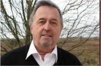 KENNETH CARLSSON äger och driver Marknadsfabriken som är ett marknads- och managementbolag.