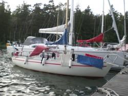 Borde inte små båtar betala mindre hamnavgift - å andra sidan är vi alltid många fler på Maja än vad man är i de stora båtarna.....