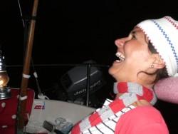 Båt-frågesport i fotogenlycktans sken